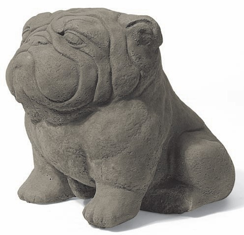 Mops Steinfigur Churchill