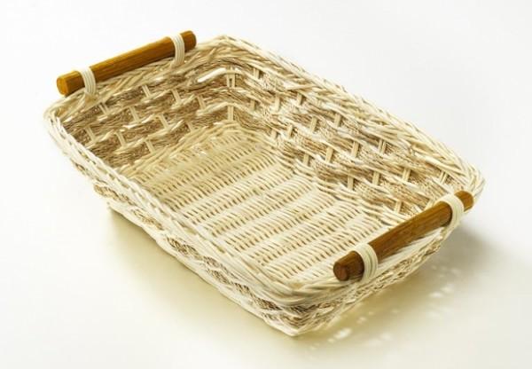 Dekoschale aus Rattan mit Holzgriff