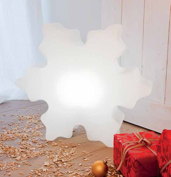 shining-crystal-leuchtende-schneeflocke-stimmungsbild
