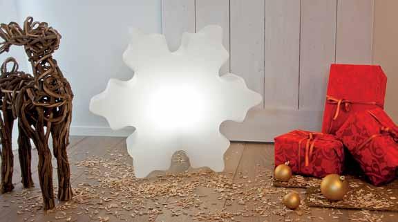 shining-crystal-leuchtende-schneeflocke-stimmungsbild-8-seasons-design