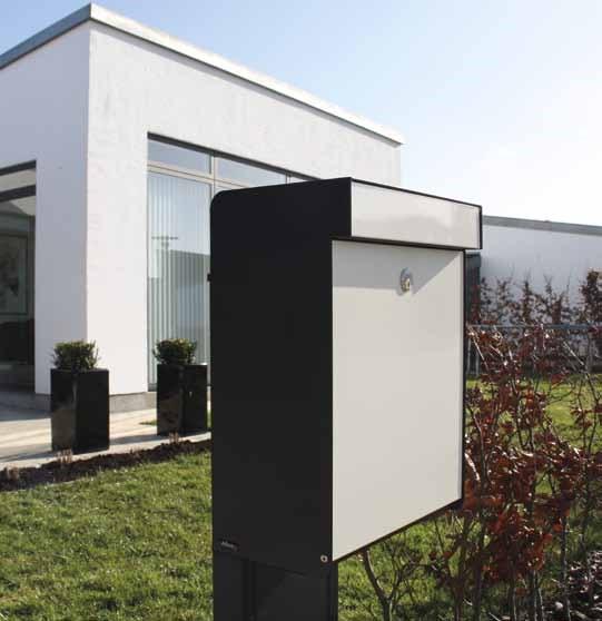 Allux-Grundform-Design-Briefkasten-weiss-Stimmungsbild