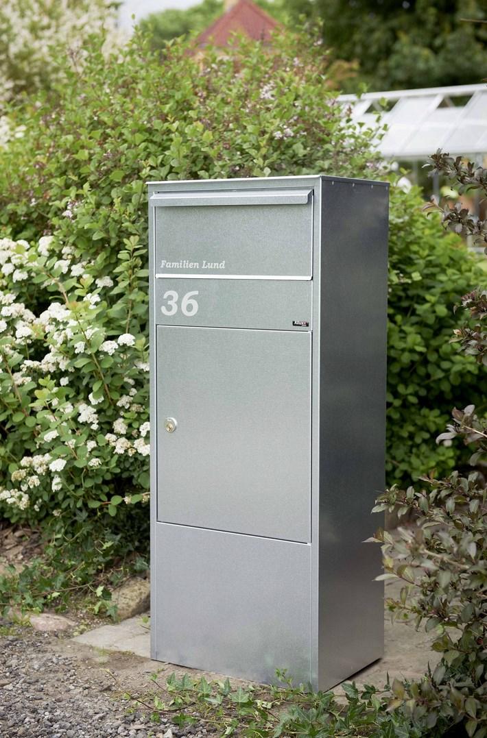 Allux-Postkasten-Paketkasten-edelstahl-stimmungsbild-800G-F54800