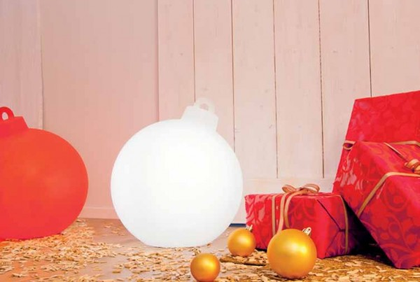 Shining Christmas Ball   Weihnachtskugel Außenleuchte