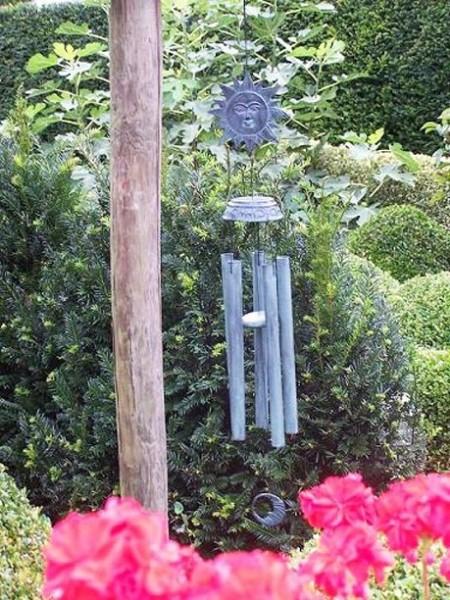 Großes Windspiel aus Bronze | Sonnenmotiv