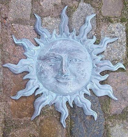 Kleine grüne Sonne 45 cm zum aufhängen aus Bronze