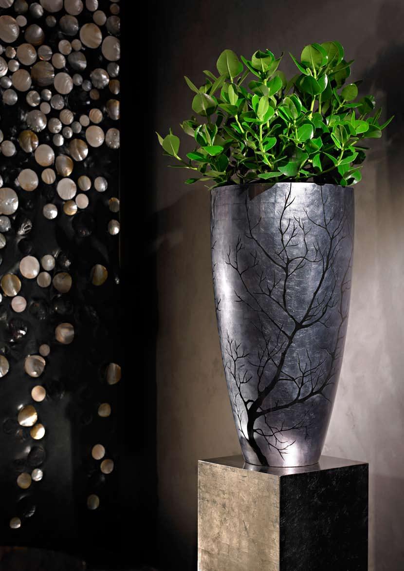 ashuara-senza-dark-silver-pflanzvase-stimmungsbild