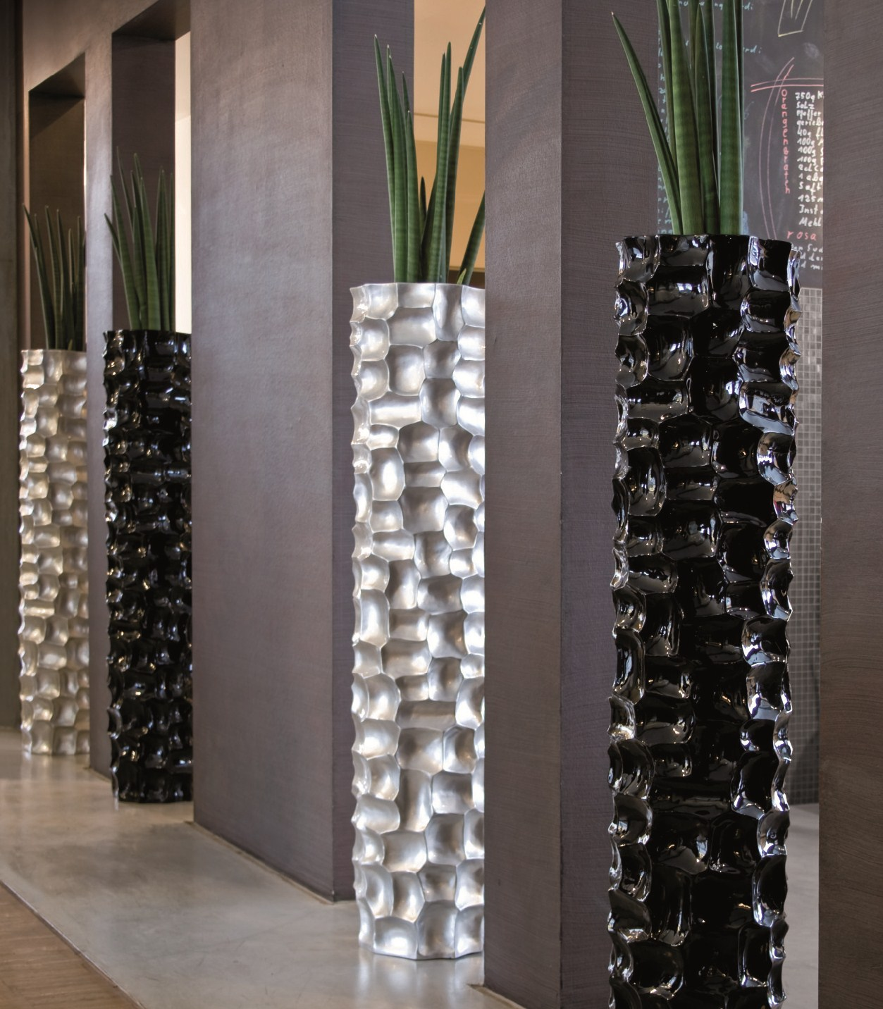 mosaic column silber kunstharz pflanzs ule terrapalme heim und gartenshop. Black Bedroom Furniture Sets. Home Design Ideas