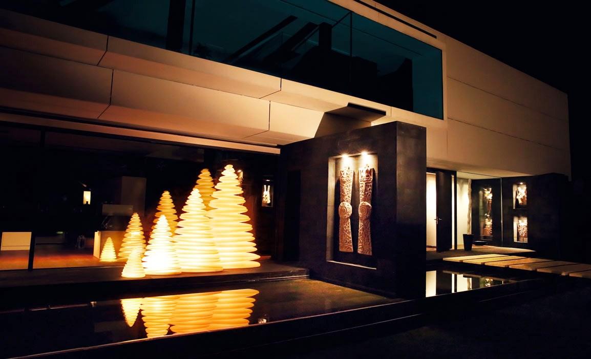 vondom-chrismy-led-weihnachtsbaum-ambiente-stimmungsbild