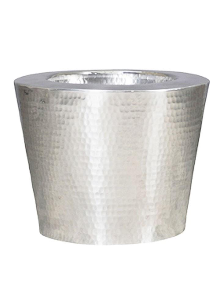 elegant aluminium pflanzvase geh mmert terrapalme heim. Black Bedroom Furniture Sets. Home Design Ideas