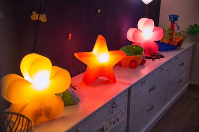 8-seasons-shining-flower-leuchtblume-stimmungsbild-2
