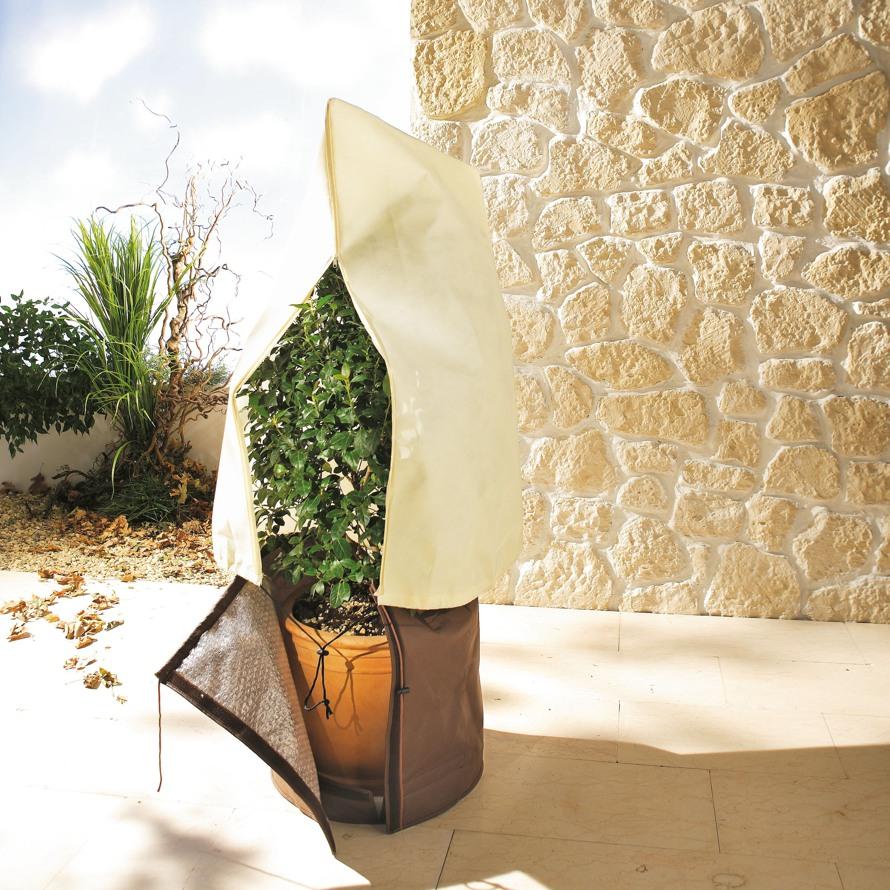Kuebelpflanzensack-aus-Microvlies-Kubelpflanzen-Winterschutz-Stimmungsbild-1-890.jpg