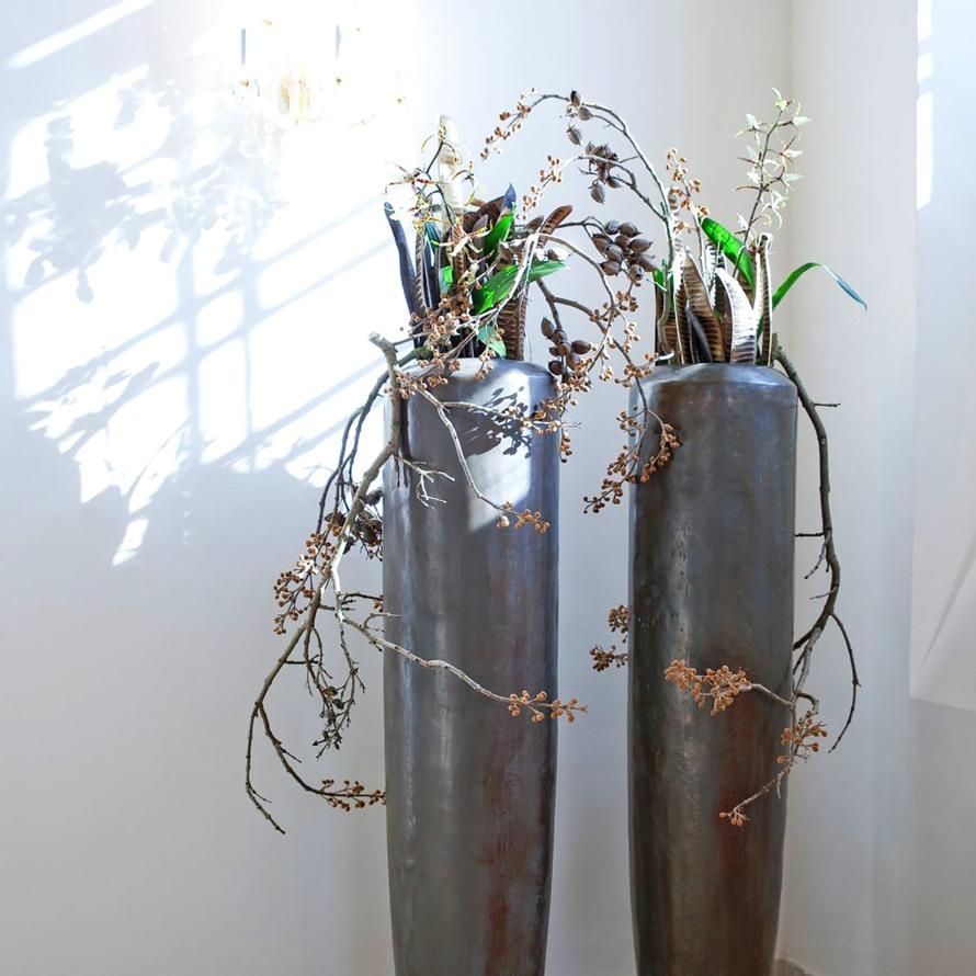 https://www.terrapalme.de/media/image/fleurami/Loft-aluminium-Pflanzvase-XL-stimmungsbild-2.jpg