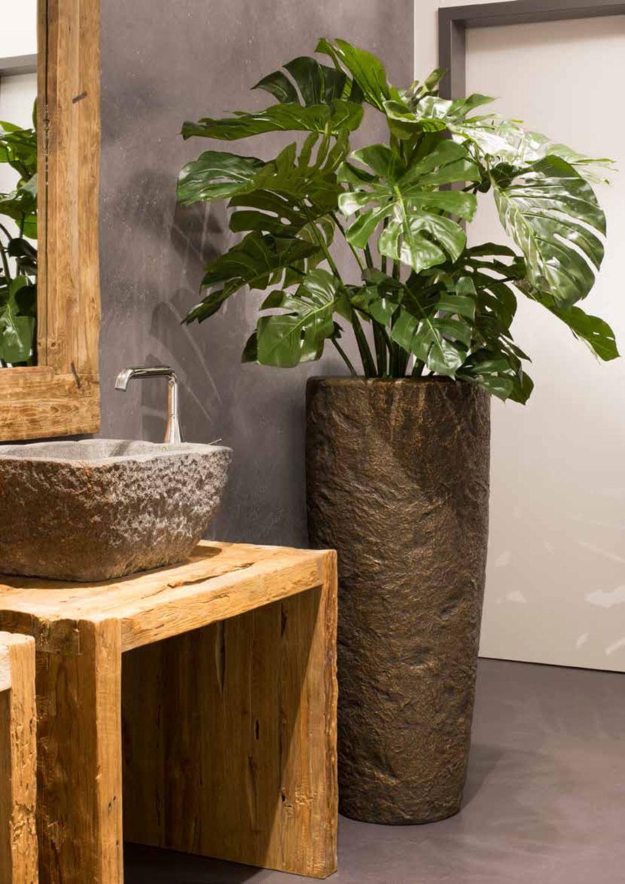 https://www.terrapalme.de/media/image/fleurami/Rocky-Fiberglas-Pflanzvase-bronze-Stimmungsbild.jpg
