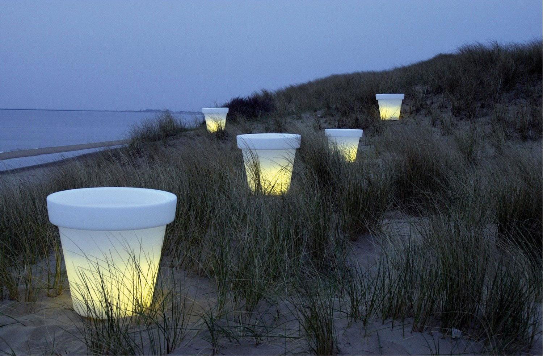 https://www.terrapalme.de/media/image/stimmungsbild/bloom-pot-leuchtkuebel-white-weiss-stimmungsbild-1.jpg