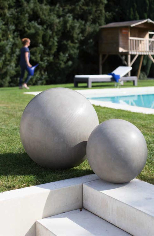 https://www.terrapalme.de/media/image/stimmungsbild/polystone-division-kugel-stimmungsbild.jpg