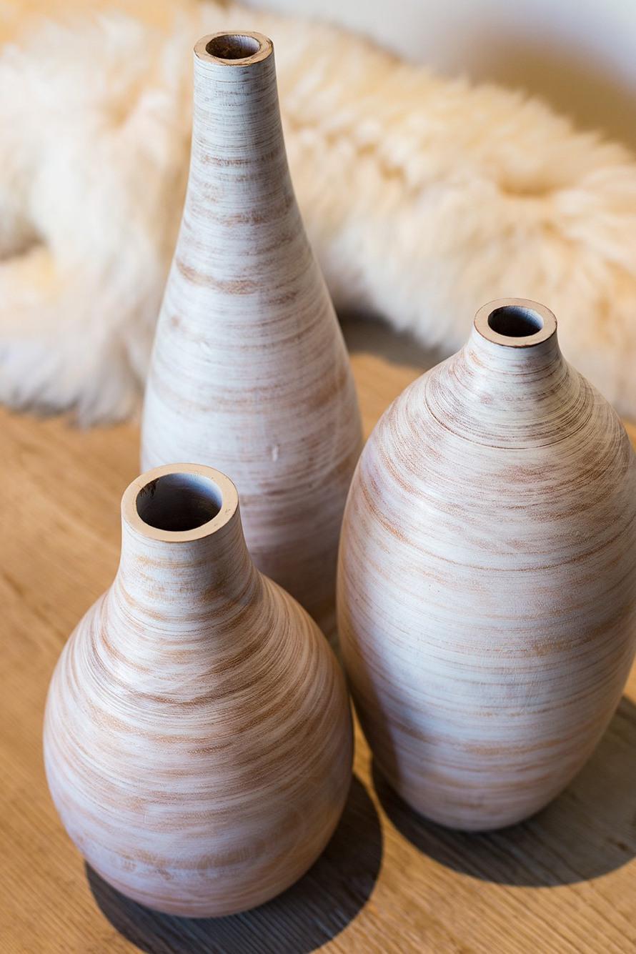 woody-white-mangoholz-bodenvase-stimmungsbild-1-890.jpg